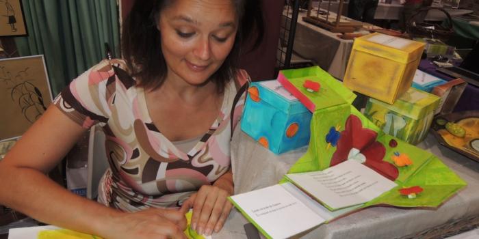 Lætitia Rambinintsoa – artiste du livre